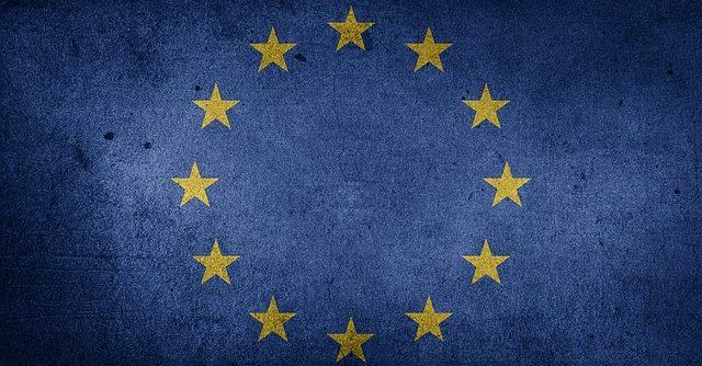 Evropská unie zvažuje prověřit členské státy, zda nespadají na blacklist daňových rájů