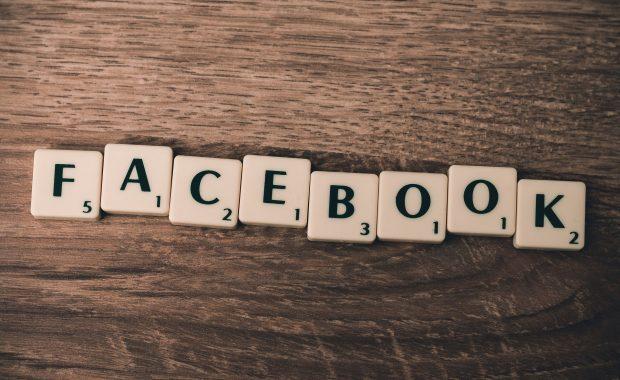 Facebook, nepokoje v USA