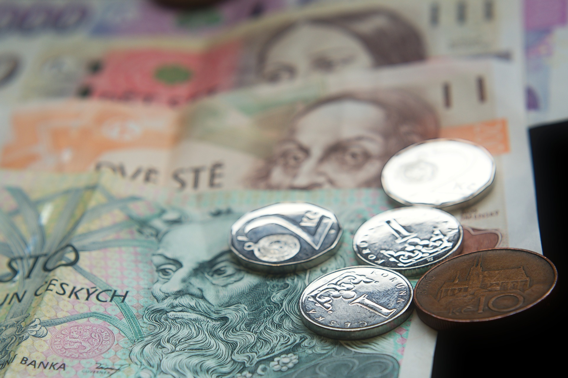 Zrušení superhrubé mzdy v číslech
